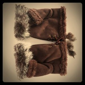 Accessories - Fur Lined Faux Suede Half Mittens / Gloves. S/M